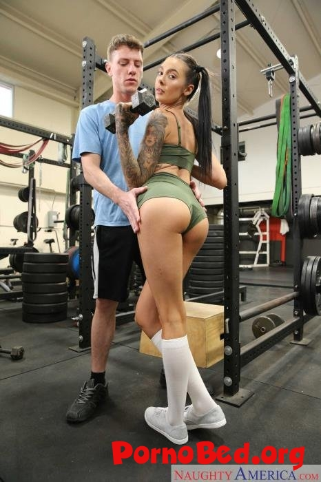 Marley Brinx - Marley Brinx pumps iron while riding her step bros cock (SlutStepSister, NaughtyAmerica) (16.03.2019 | HD)