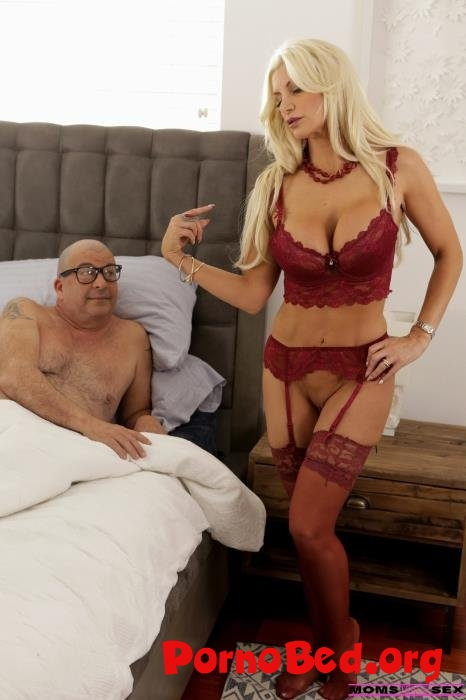 Brittany Andrews - Off To College (MomsTeachSex) (24.03.2019 | FullHD)