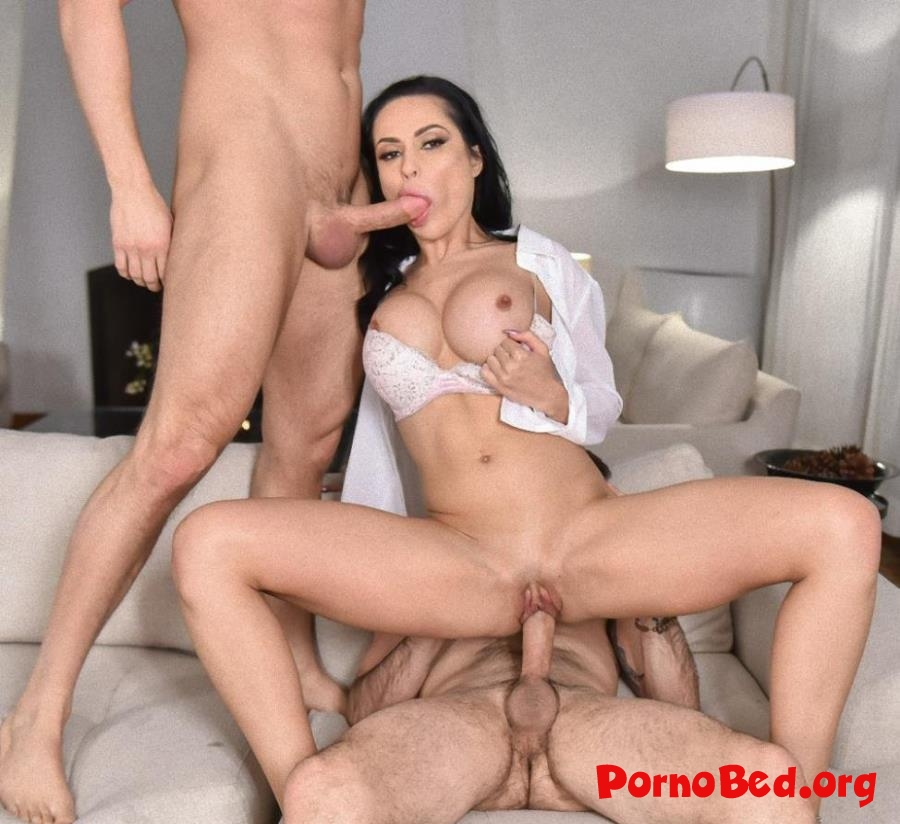Crystal Rush - Homegrown Horny (FamilyStrokes) (2019 | HD)