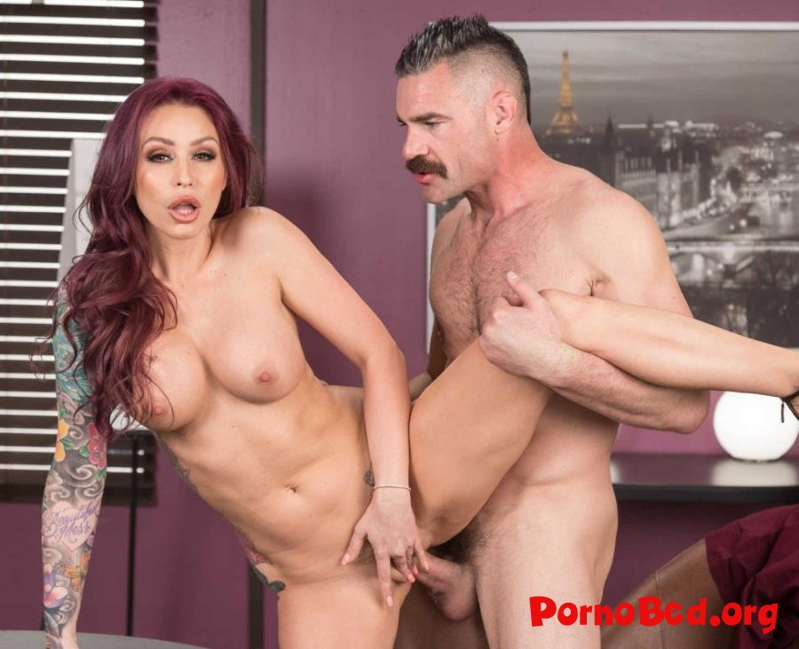 Monique Alexander - Remote Controlled Boss (Brazzers, BigTitsAtWork) (2019 | SD)