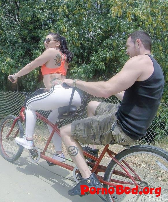 Mandy Muse, - Bicycle Thickie Bang (Thickumz) (02.07.2019 | HD)