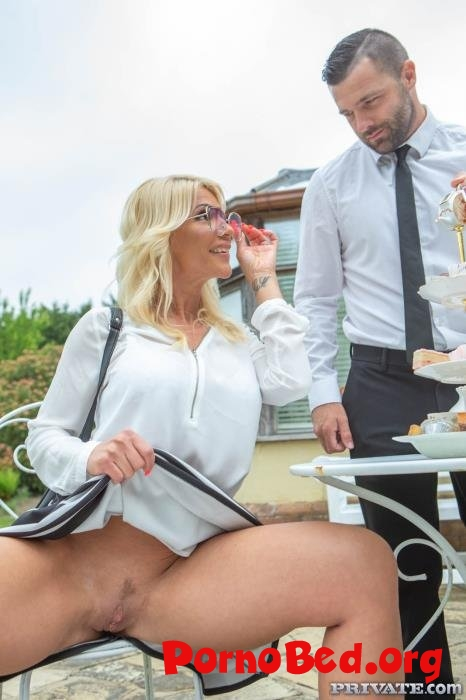 Tiffany Rousso - Tiffany Rousso, the MILF and the Waiter (Private) (09.07.2019 | FullHD)