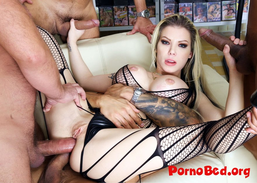 Barbie Sins - Caged, Barbie Sins Used For Sex With Balls Deep Anal, Squirt Drink, DAP, Buttrose, Creampie Cocktail GIO1265 (2019 | SD)